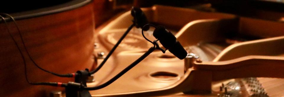 大人のオンラインレッスンで使用する高音質マイク